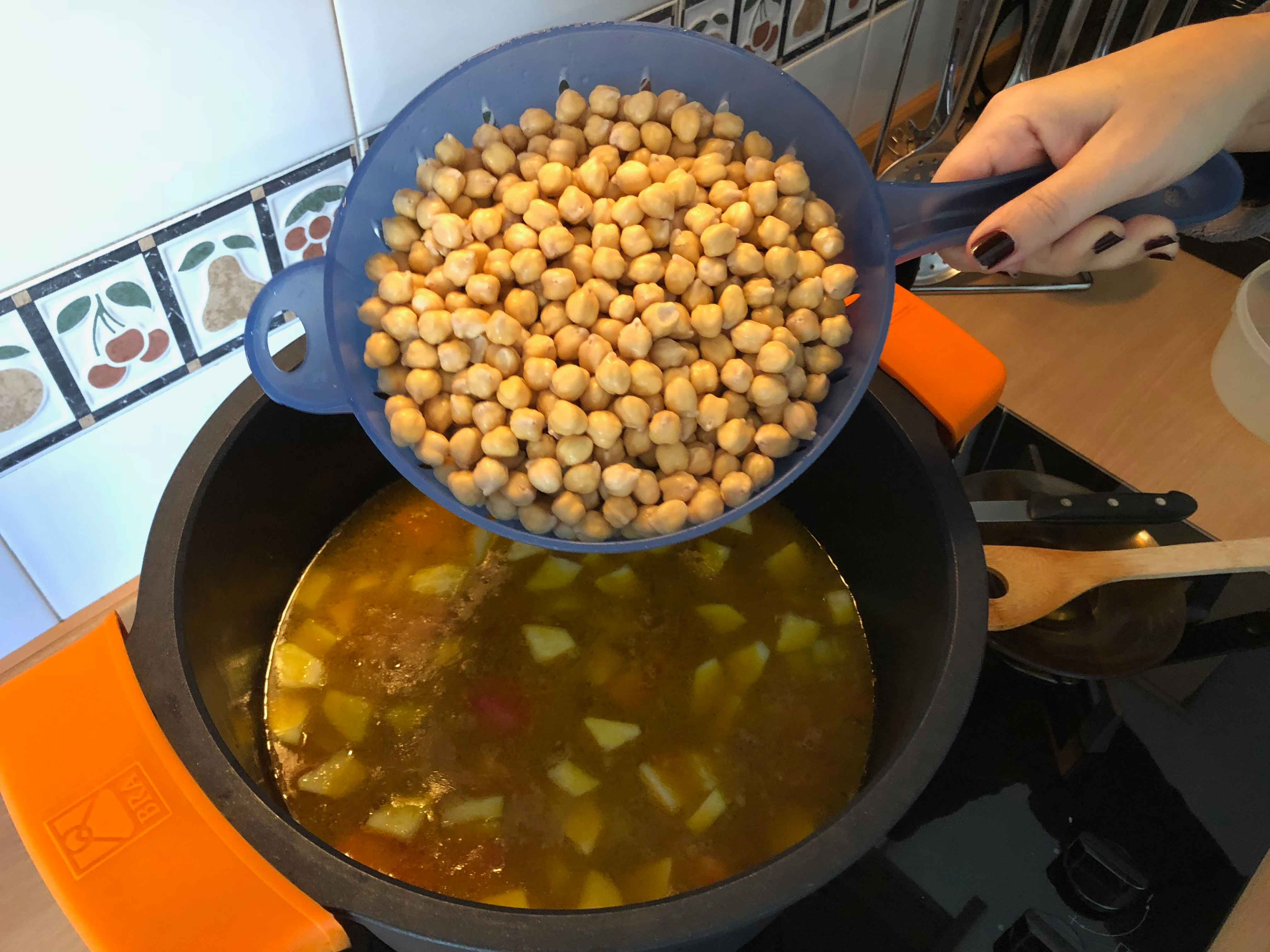 Introducimos los garbanzos